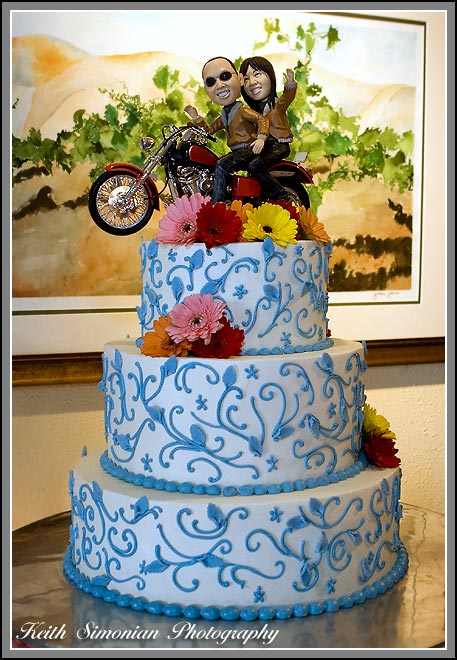 Hui and Eugene Wente wedding cake with motorcycle