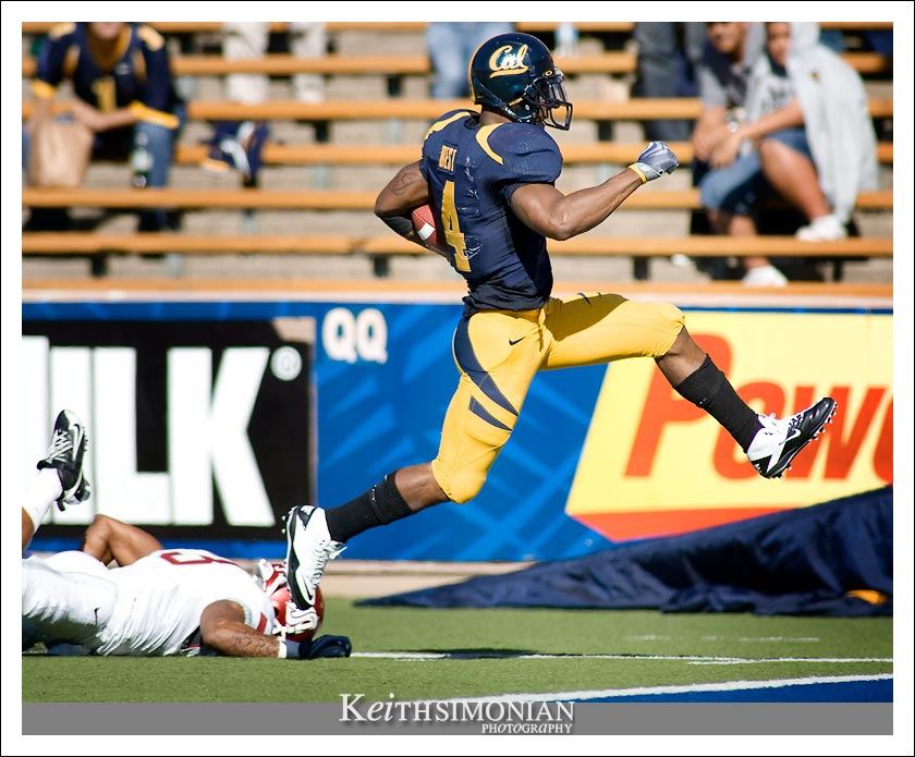 Cal's #4 Jahvid Best scores on a 2nd quarter 61 yard touchdown run vs Washington St Cougars on Saturday October 24th, 2009