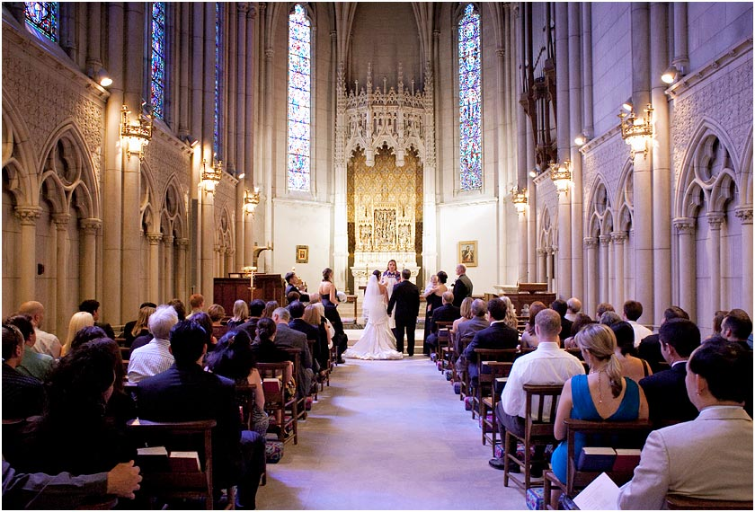 Wedding ceremony at the Grace Cathedral Episcopal church of San Francisco