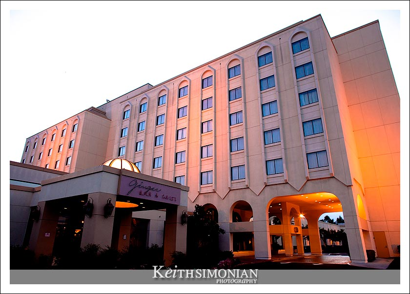 Exterior photo of Fremont Newark Hilton Hotel