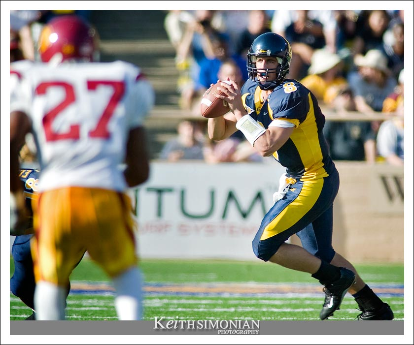 Cal quarterback Aaron Rodgers ready to pass - CAL vs USC - September 27, 2003 Memorial Stadium - Berkeley, CA