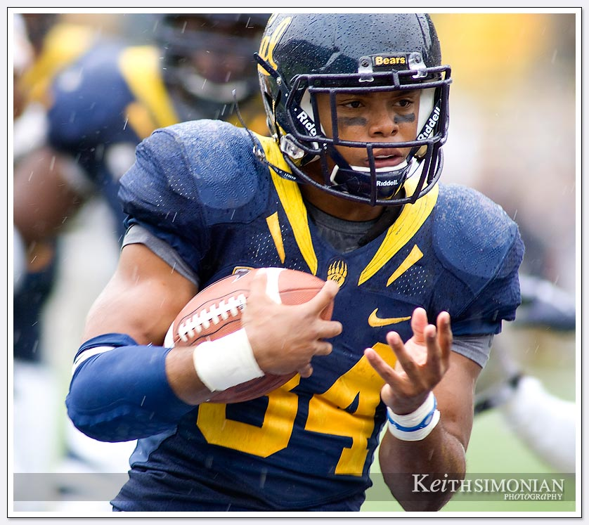 The rain couldn't stop Cal's Shane Vereen on this October 23, 2010 day as he scored two touchdowns and rushed for 91 yards.