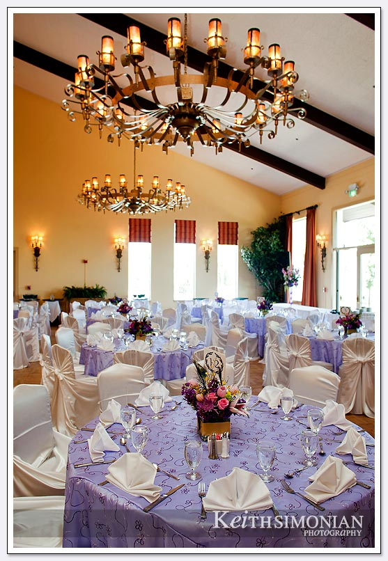 The style and elegance of the Castlewood Country Club in Pleasanton, CA are evident for this afternoon wedding reception.