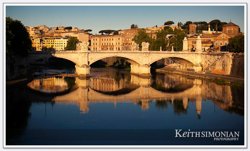 Bridge over the fiume tevere in Rome Italy