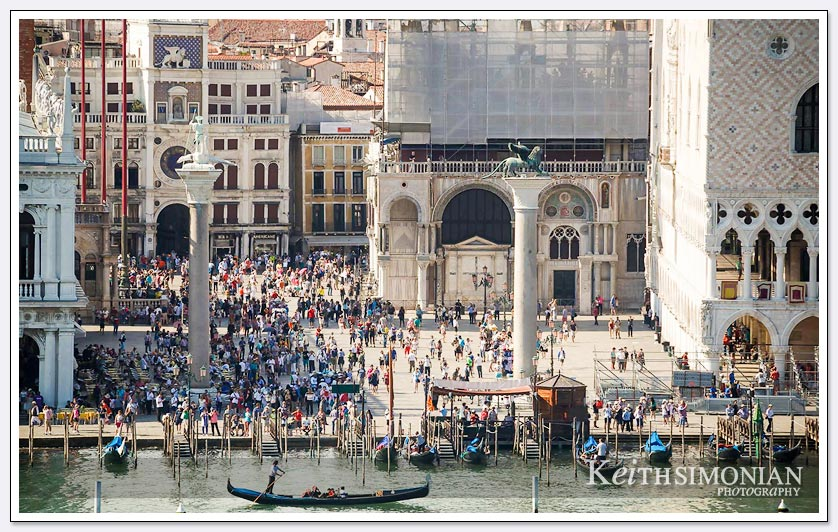 Lots and lots of people in the Piazza San Marco