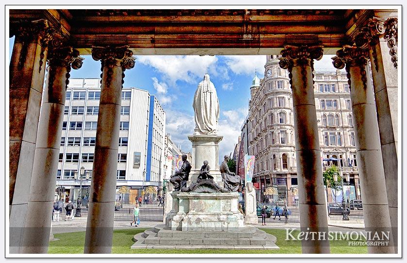 Courtyard city hall - Belfast Ireland