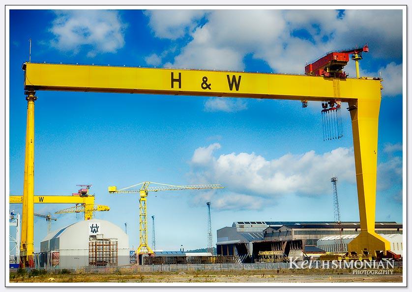 H&W Gantry crane over 300 feet tall - Belfast Ireland