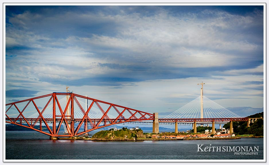 Forth Road bridge - Queensferry Scotland