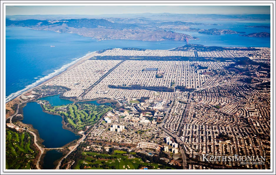 Your jet takes off from San Francisco International airport and you pass over the city on your way to Maui Hawaii