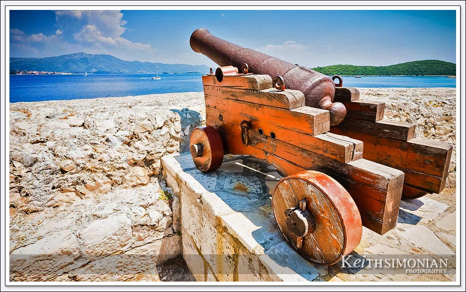 If you have a nice port, you had to defend it from invaders. This canon was there to defend Korcula, Croatia