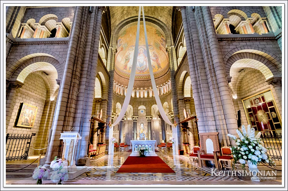 Interior image showing the alter of Saint Nicholas Cathedral in Monaco.