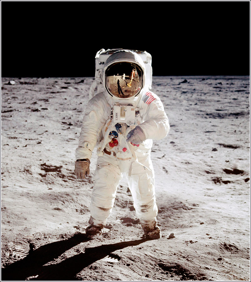 The iconic photo from Apollo 11 of Buzz Aldrin on the Moon - Photo by Neil Armstrong