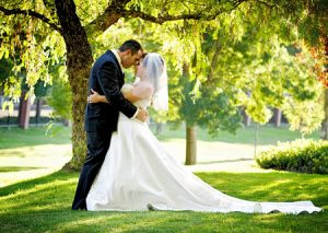 Have both your wedding and reception at the Discovery Bay Country club.