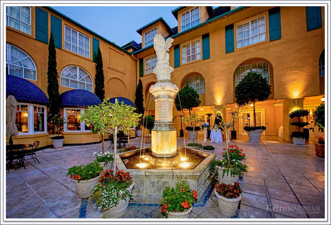 Courtyard of Lafayette Park Hotel